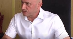 Роберт Хахалев
