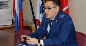 Александр Томов