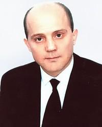 Артур Оганов