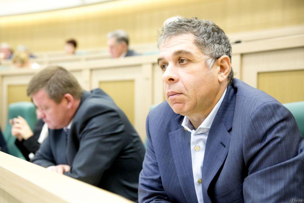 Экс-сенатор Александр Верховский